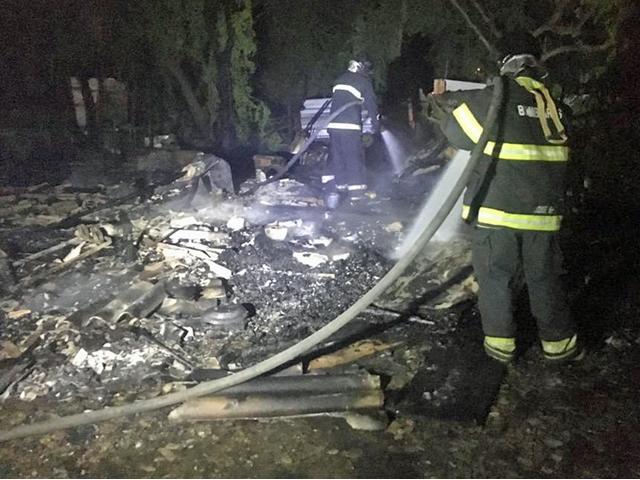 Incêndio destrói barracos em comunidade no Recife