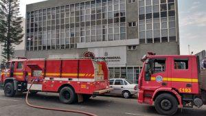 Incêndio é registrado no prédio da Justiça Federal em Uberlândia