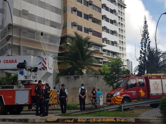 Prédio no Bairro Cocó é evacuado após apartamento pegar fogo