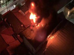 Incêndio atinge sede de empresa de segurança em Fortaleza