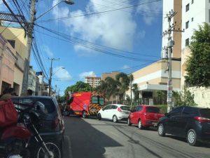 Incêndio atinge residência com ponto comercial no bairro José Bonifácio