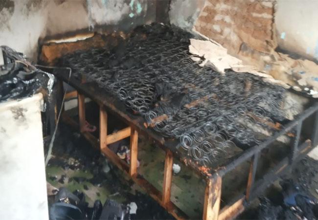 Idosa é resgatada com vida de casa após incêndio causado por vela em Nova Russas