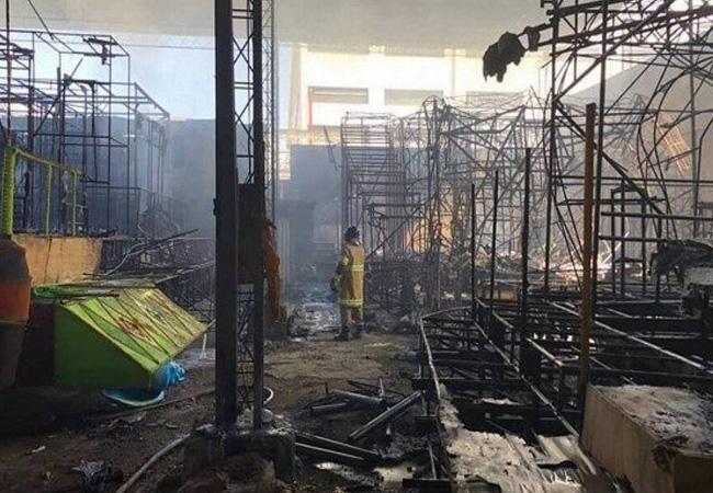 Incêndio atinge barracão de escola de samba da Série A na Avenida Brasil